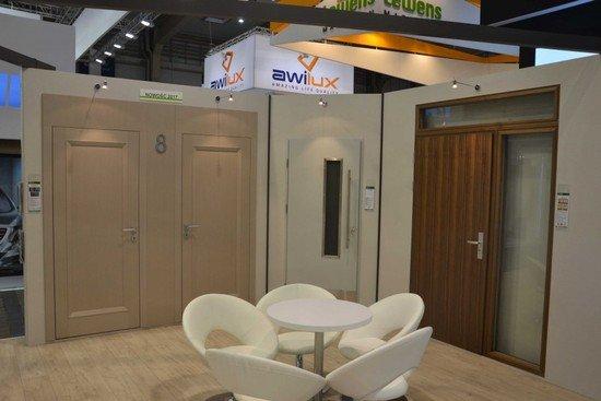 Firma Pol-Skone zaprezentowała ponad 70 modeli drzwi i okien